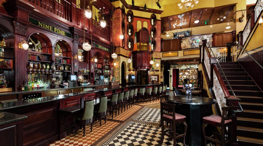 New York New York Las Vegas | Nine Fine Irishmen - Irish Pub