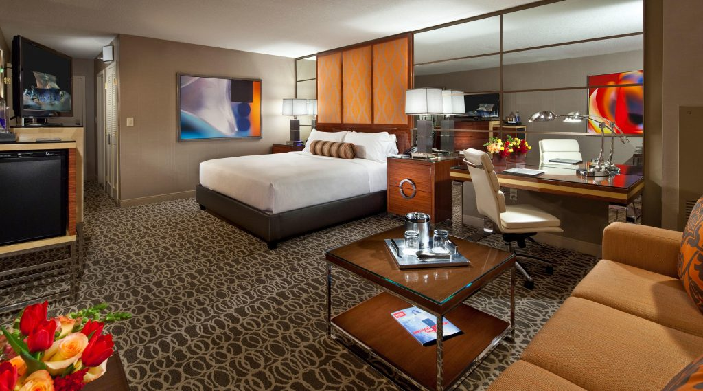 Park MGM Las Vegas Hotel Standard Suite