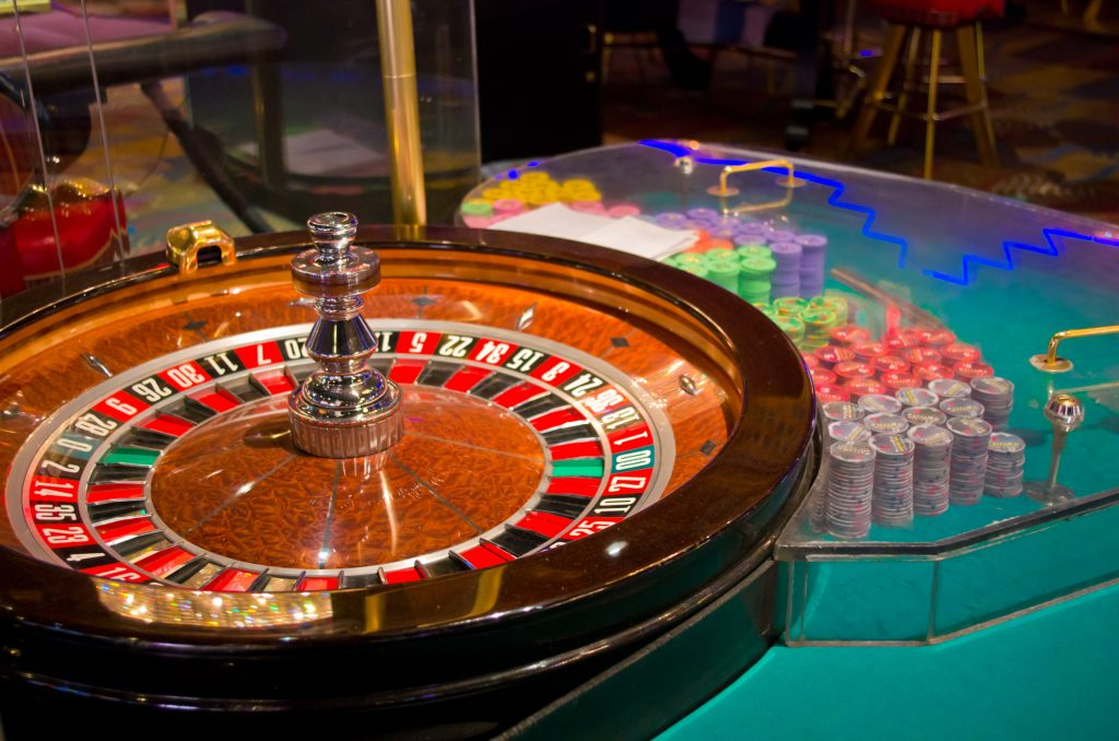 American Roulette and Chips