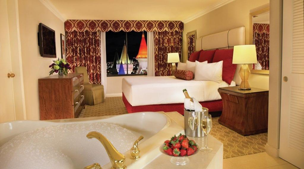 Excalibur Las Vegas Hotel, Standard Rooms