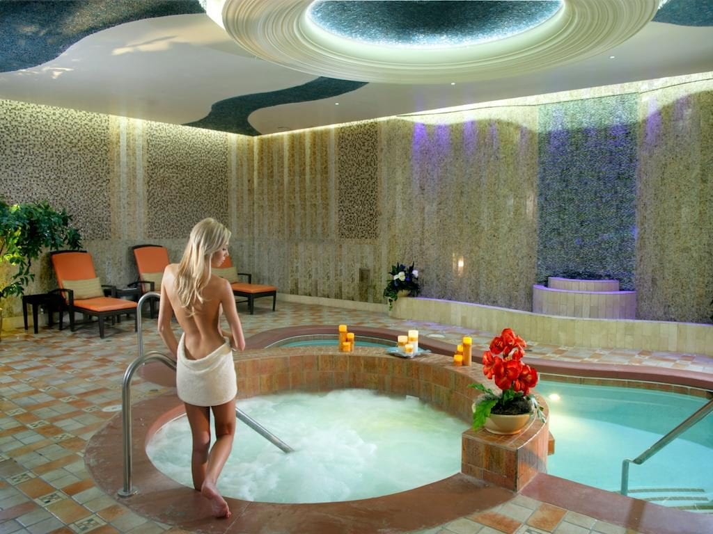 South Point Las Vegas Hotel Spa Room