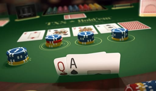 Online 3d visual of player cards in a poker game