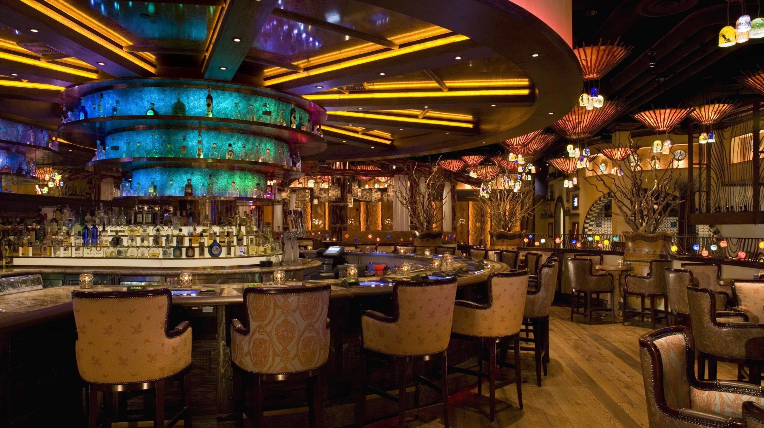 silverton casino lounge and bar