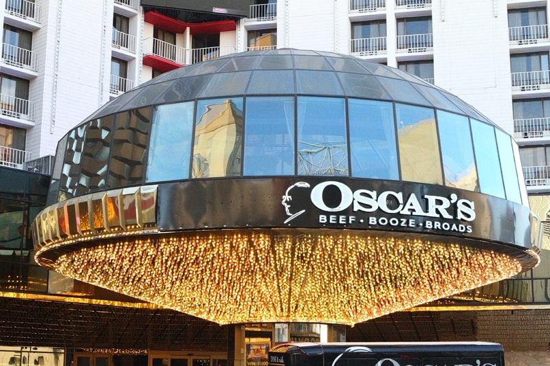 Oscar's Steakhouse main entrance
